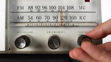 Vintage-Radio-Dial-04