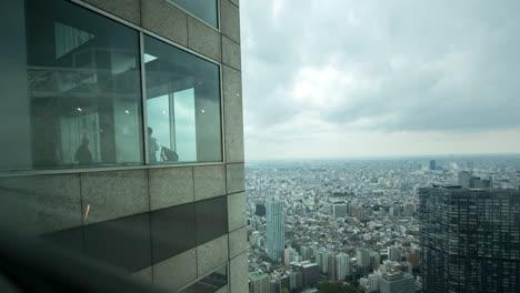 Woman-Shadow-Tokyo-1