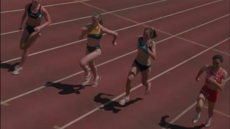 A-group-of-women-run-a-race