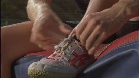 Un-Suéter-Se-Ata-Los-Zapatos
