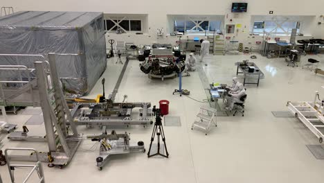 Scientists-at-NASA-Jet-Propulsion-Laboratory-JPL-work-in-controlled-lab-conditions-to-build-and-test-the-Mars-Rover-1
