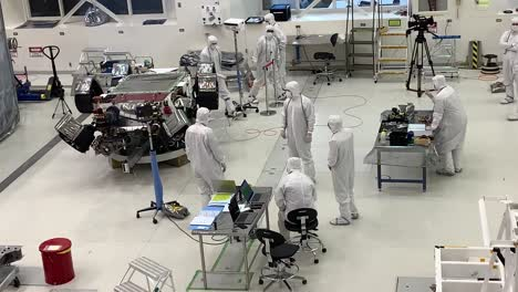 Scientists-at-NASA-Jet-Propulsion-Laboratory-JPL-work-in-controlled-lab-conditions-to-build-and-test-the-Mars-Rover-2