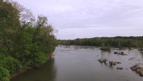 Aerial-Along-The-Potomac-River-Near-Great-Falls-Virginia