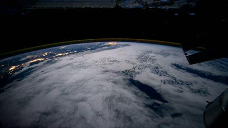 Tiro-Pov-Volando-Sobre-La-Tierra-Desde-El-Espacio
