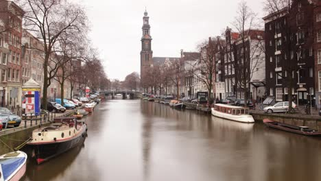 Amsterdam-Canal-00