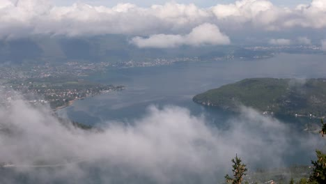 Annecy-Clouds-2