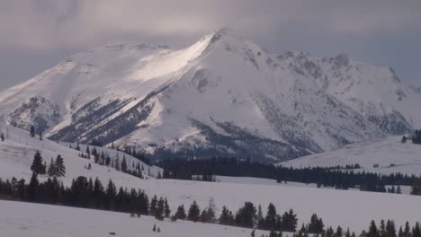 Winter-In-Yellowstone-National-Park-3