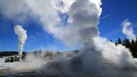 A-Geothermal-Region-In-Yellowstone-National-Park-In-Winter-1