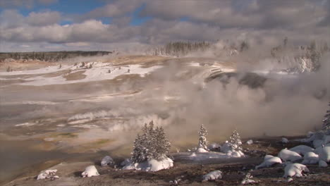 A-Geothermal-Region-In-Yellowstone-National-Park-In-Winter-4