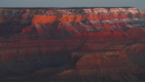 Panning-Shot-Of-Grand-Canyon-In-Winter