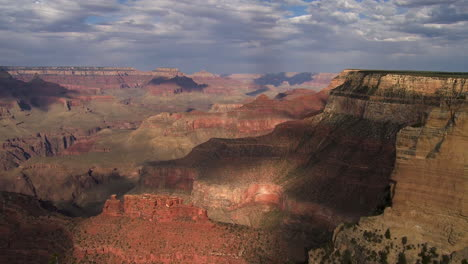 A-Beautiful-Time-Lapse-Of-The-Grand-Canyon-With-A-Storm-Passing-4