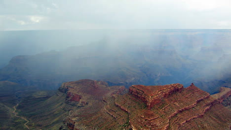 A-Beautiful-Time-Lapse-Of-The-Grand-Canyon-With-A-Storm-Passing-6