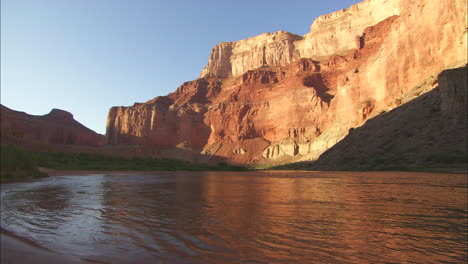 Pretty-Shot-Of-The-Grand-Canyon-At-Dawn-Or-Dusk-With-River-In-Foreground