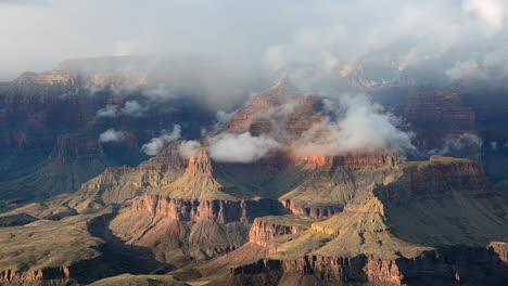A-Beautiful-Time-Lapse-Of-The-Grand-Canyon-With-A-Storm-Passing-9
