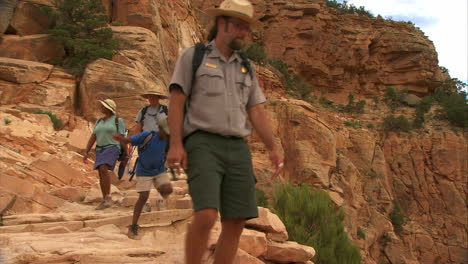 Rangers-Lead-A-Hiking-Group-In-The-Grand-Canyon-4