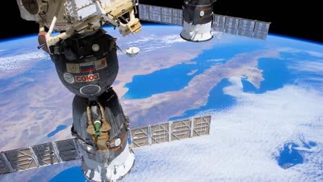 The-International-Space-Station-Flies-Over-North-And-South-America