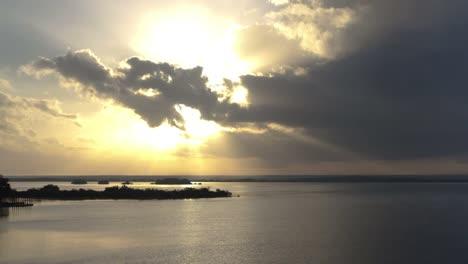 Lake-Bacalar-01