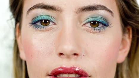 Woman-Eyes-00