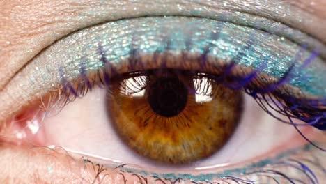 Woman-Eyes-03