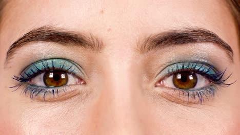 Woman-Eyes-04