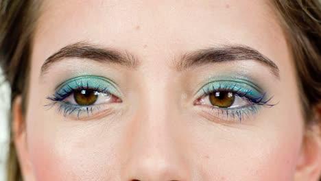 Woman-Eyes-05
