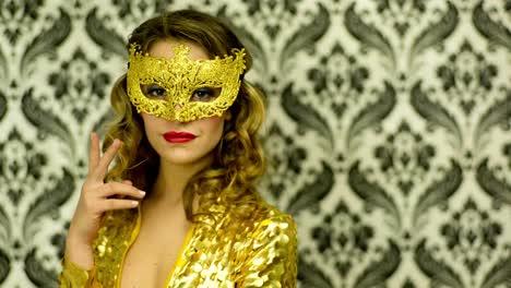 Woman-Mask-00