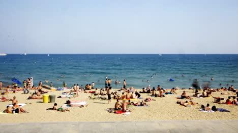 Barcelona-Beach-00