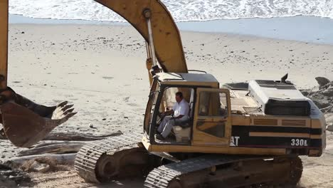 Beach-Construction-04