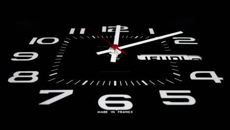 Black-Clock-07