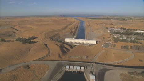 Aerial-Over-The-California-Aqueduct