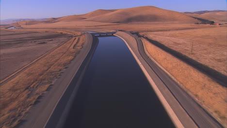 Aerial-Over-The-California-Aqueduct-2