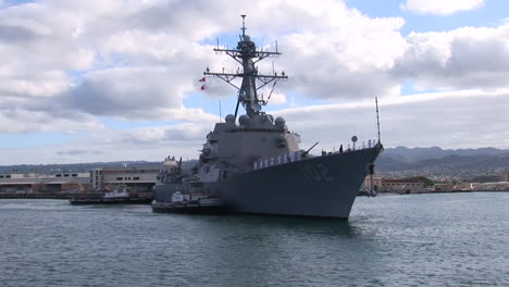 A-Guided-Missile-Destroyer-Navy-Ship-Passes-Near-Hickam-Base-In-Hawaii-1