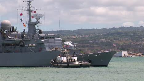 Una-Fragata-De-La-Armada-Francesa-Llega-A-Hawaii