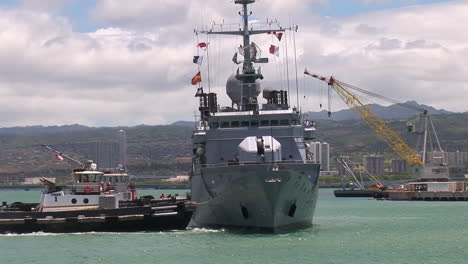 A-French-Navy-Vessel-Frigate-Arrives-In-Hawaii-1