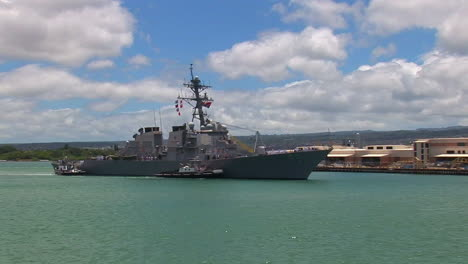 A-Guided-Missile-Destroyer-Navy-Ship-Passes-Near-Hickam-Base-In-Hawaii-2
