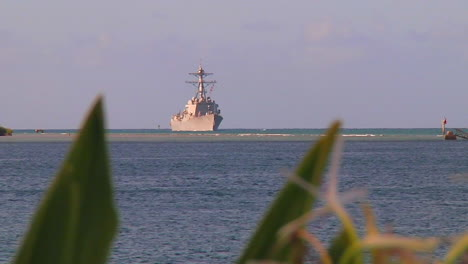 A-Guided-Missile-Destroyer-Navy-Ship-Passes-Near-Hickam-Base-In-Hawaii-4