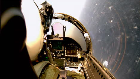 Pov-Shots-From-The-Cockpit-Of-A-Fighter-Plane-1