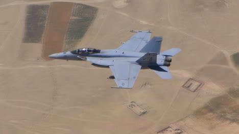 Tomas-Aéreas-De-Aviones-De-Combate-Volando-1