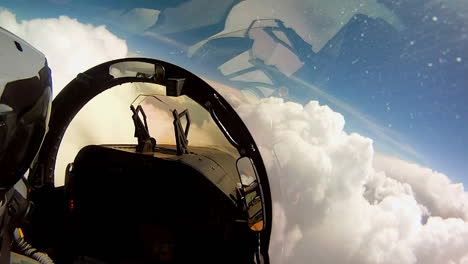 Pov-Shots-From-The-Cockpit-Of-A-Fighter-Plane-8