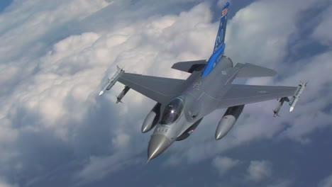 An-F16-Jet-In-Flight