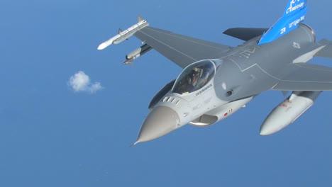 An-F16-Jet-In-Flight-1