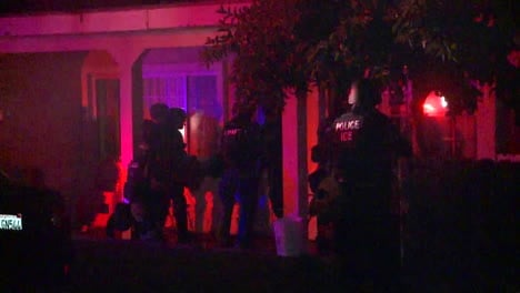 Los-Angeles-Police-And-Federal-Agents-Raid-A-Residence-In-Los-Angeles-1