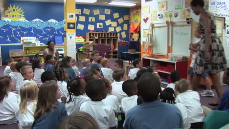 Michelle-Obama-Visits-And-Dances-With-Children-In-A-School-In-Virginia-Beach-Va