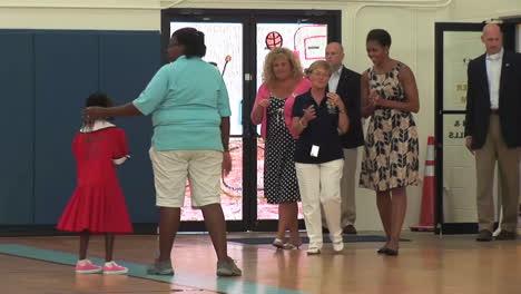 Michelle-Obama-Visits-Niños-In-A-School-In-Virginia-Beach-Va-1
