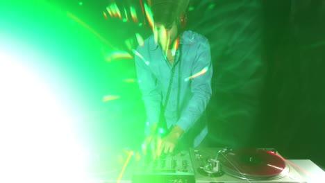 Blurry-DJ-Timelapse-07
