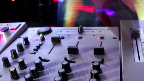 Blurry-DJ-Timelapse-23