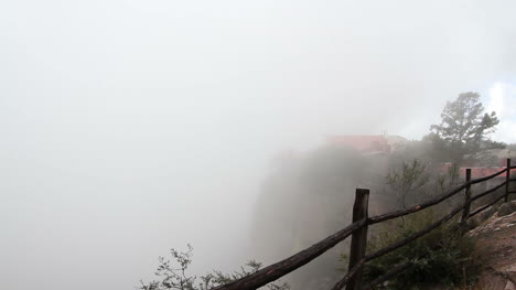 foggy-cliff-in-mexico