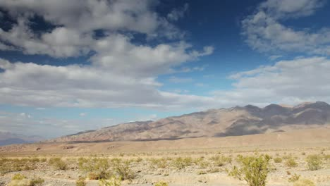 Valle-De-La-Muerte-Nube-Vista1