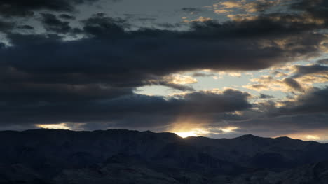 Death-Valley-Sunset0