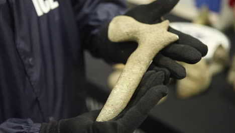 Old-Stolen-Artifacts-Are-Confiscated-By-The-Us-Government-3